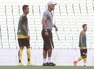 Sérgio Soares comandou treino coletivo com o grupo, na Arena Castelão