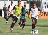 Alvinegros participaram de treino técnico/tático nesta tarde