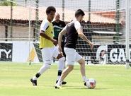 Depois de treinar em Porangabuçu, Ceará seguiu viagem nesta tarde