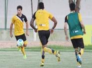 Pensando na Ponte Preta, Ceará treinou no local do jogo de amanhã