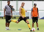 Dado Cavalcanti comandou treino técnico e encerrou preparação