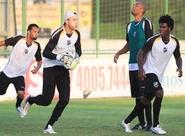 Antes da concentração, jogadores alvinegros treinaram em Porangabuçu