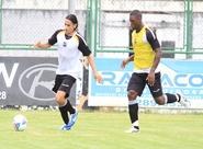 Alvinegros participaram de treino técnico/tático nesta manhã