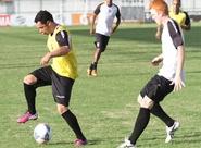Sérgio Guedes comandou mais um treino coletivo com o grupo