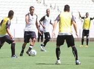 Alvinegros participaram de treino coletivo no Castelão
