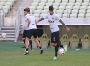 Marcelo Chamusca comanda treino coletivo na Arena Castelão