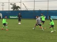 Já em Porto Alegre, Ceará realiza treino no CT do Grêmio