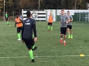 Elenco alvinegro treina no CT do Goiás e encerra preparação para jogo contra Vila Nova