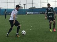 Ceará treina no CT do Grêmio e finaliza preparação para o jogo contra o Inter