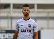 No Vovozão, Ceará encerra preparação com treino tático e jogadas ensaiadas