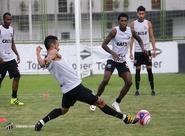 Ceará retorna com os treinamentos na tarde desta terça-feira, em Porangabuçu