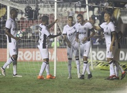 Ceará começa atrás, mas arranca empate contra o Vasco com gol de Tiago Alves