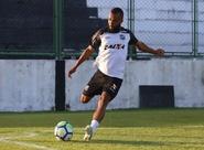 """Xavier acredita que time precisa manter a postura e pondera: """"Ansiedade não pode nos atrapalhar"""""""