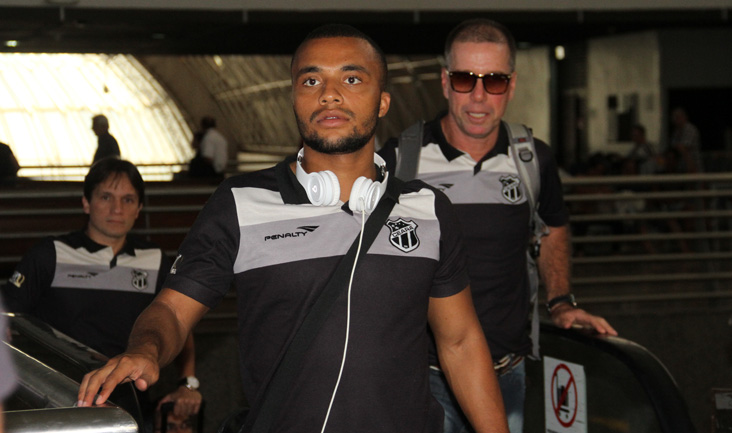 A ida dos atletas para Joinville/SC aconteceu por volta das 13h30min e a chegada ocorreu às 21h30min