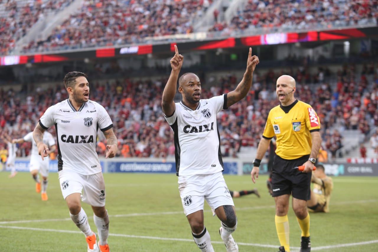 a3376ecc82 Foto  Mauro Jefferson cearasc.com