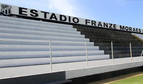 Estádio e Campos
